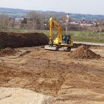 Baustraße für untere Baugrube ausbaggern