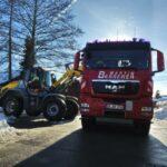 Winterdienstarbeiten - Schnee abfahren